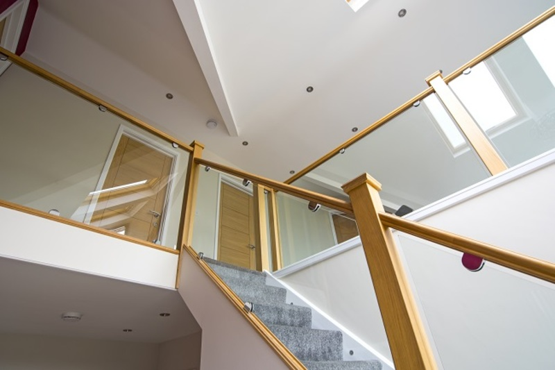 Glass Balustrades  - How to Make Your House Look Attractive with Glass Balustrades