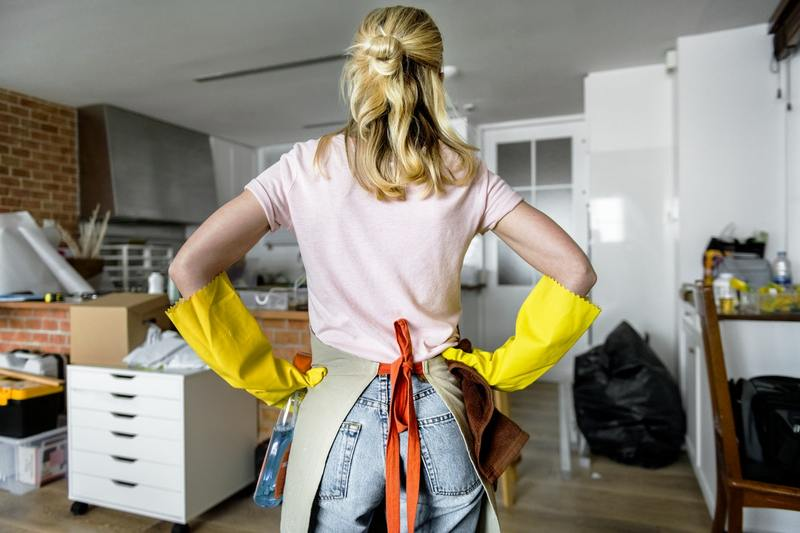 How to Save Money When Hiring A Removalist